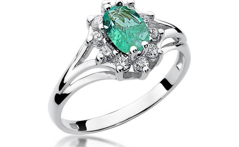 Czy warto decydować się na pierścionek ze szmaragdem?